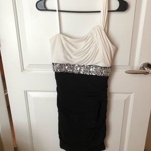 Homecoming Dress worn once